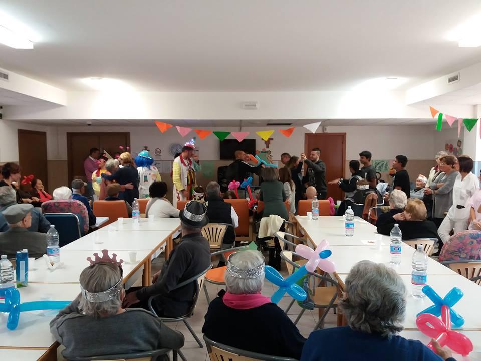 casa-di-riposo-festa-dei-nonni
